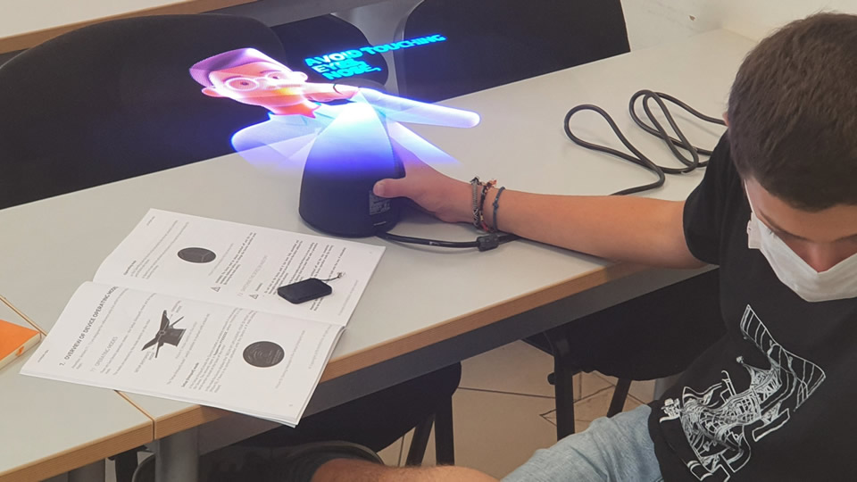 CITY College students experiment with 3D Holographic Technology
