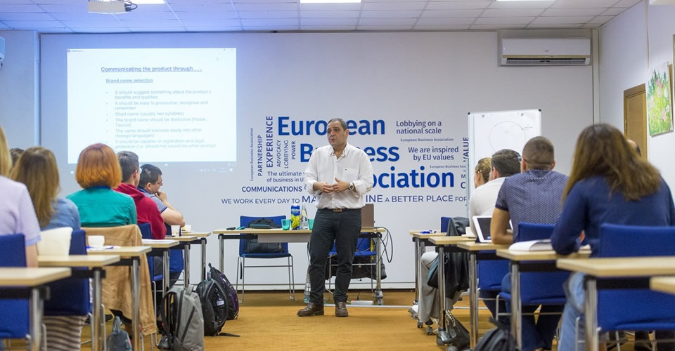 Mr Liassides delivers module on Marketing Communications in Kyiv